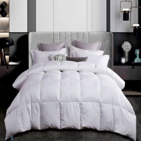 Martha Stewart 300 Thread Count White Down Comforter (Various Sizes)