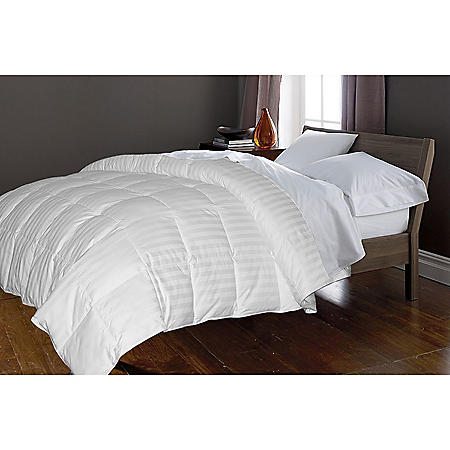 350-Thread-Count White Goose and Feather Comforter 50/50 (Assorted Sizes)