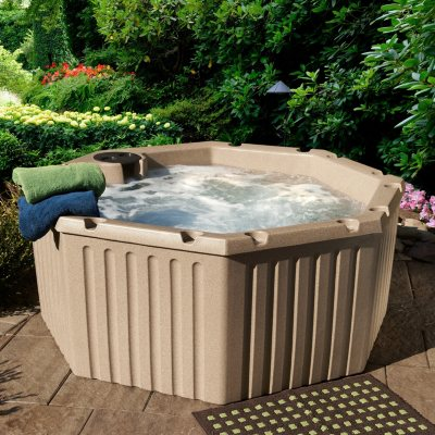 Everlast Spas Levity 5 Person 11-Jet Spa with Cover