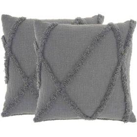 "Mina Victory Distressed Diamond Pillows, Set of 2 (18"" x 18"")"