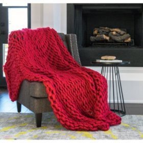 Gable & Belle Chunky Hand-Knitted Throw