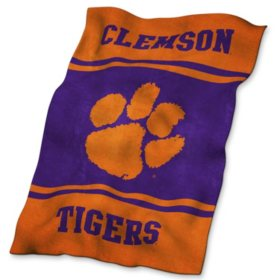 "NCAA Licensed Ultrasoft Blanket, 84"" x 54"" (Choose Your Team)"