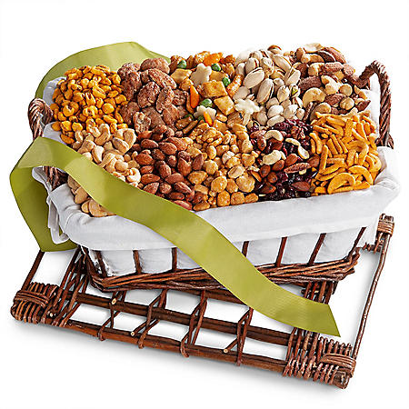 Golden State Fruit Gourmet Nuts and Snacks Hamper