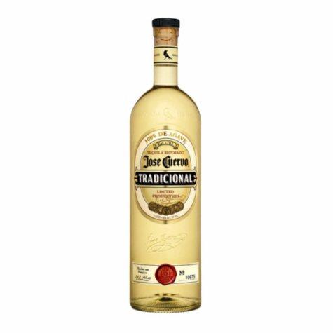 Jose Cuervo Tradicional Tequila (750 ml)