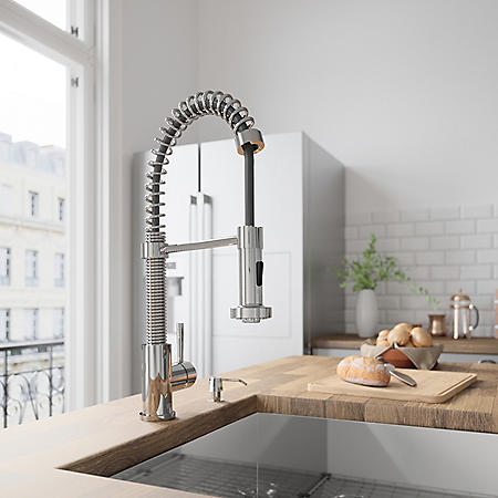 VIGO Pull-Out Spray Kitchen Faucet, Chrome Finish