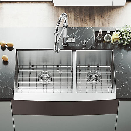 """VIGO 36"""" Farmhouse Stainless Steel Kitchen Sink, 2 Grids and 2 Strainers"""