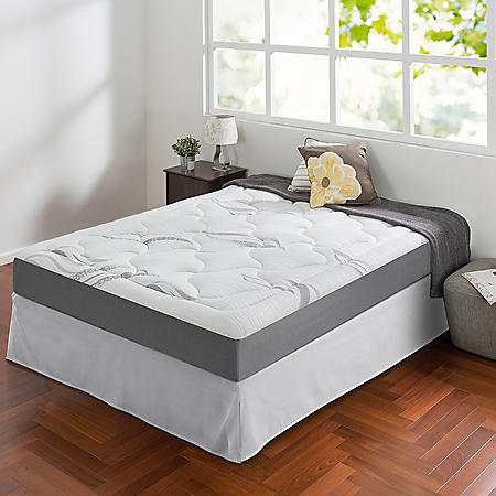 "Zinus Night Therapy Memory Foam 8"" Cloud Queen Mattress and SmartBase Set"