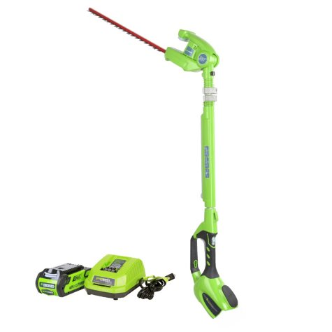 "GreenWorks G-MAX 40V 20"" Pole Hedge Trimmer with 2ah Battery and Charger"