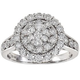 0.46 CT. T.W. Diamond Engagement Ring in 14K White Gold