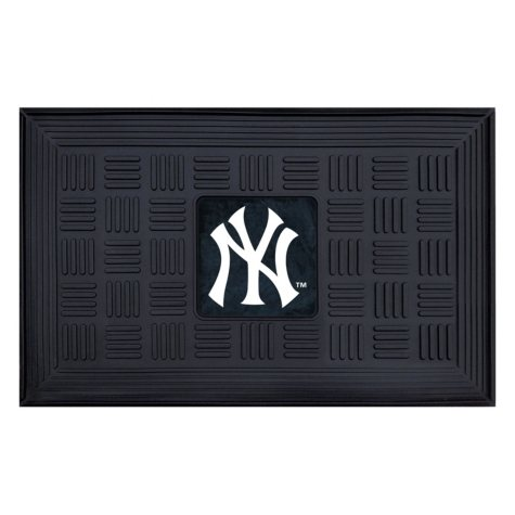 MLB - New York Yankees Medallion Door Mat