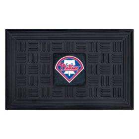 MLB Philadelphia Phillies Medallion Doormat