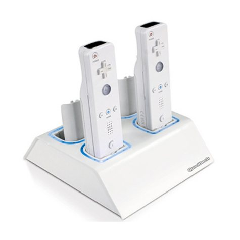 dreamGEAR White Quad Dock with battery paks for the Wii