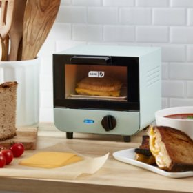 Dash Mini Toaster Oven (Assorted Colors)