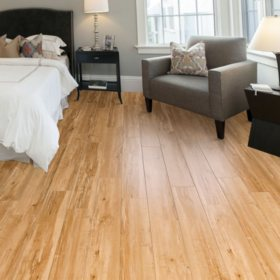 Select Surfaces Honey Maple Laminate Flooring - 25 sq. ft.