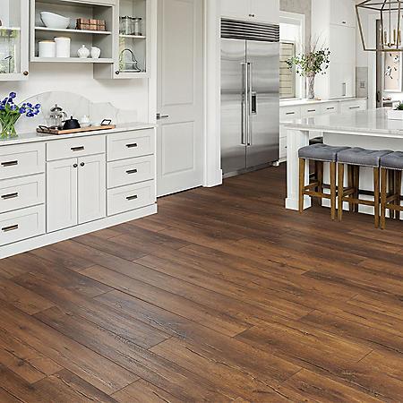 Select Surfaces Aspen Oak Spill Defense Laminate Flooring Sam S Club