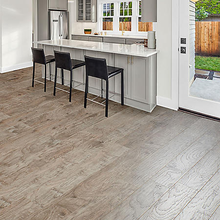 Select Surfaces Rustic Hickory Spill Defense Laminate Flooring