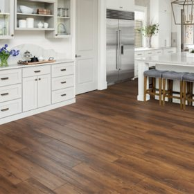 Select Surfaces Aspen Oak Spill Defense Laminate Flooring