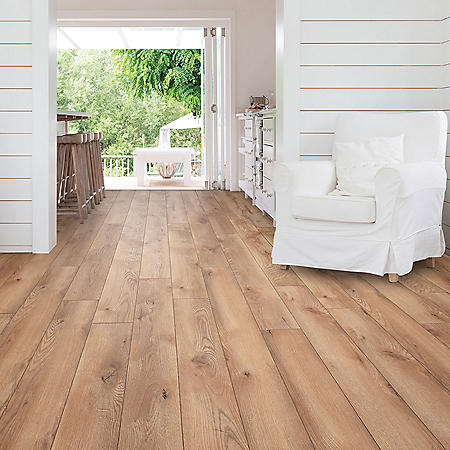 Select Surfaces Heritage Oak Spill Defense Laminate Flooring