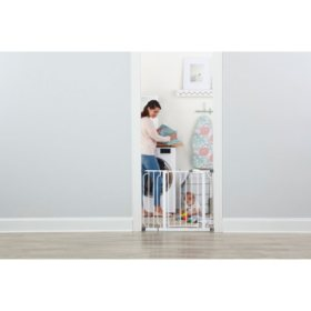 "Regalo Easy Step Baby Gate, 29"" - 34"" or 35"" - 38.5"""